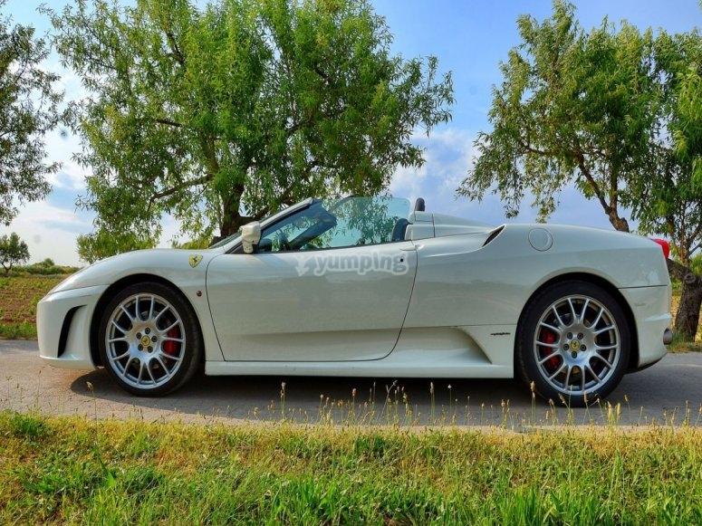 Lateral del Ferrari