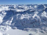 Los mejores parajes nevados para una ruta con raquetas de nieve