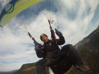 我们的滑翔伞