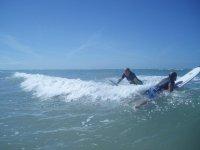 Surfear en Cádiz