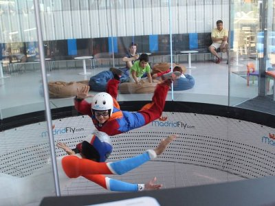Kids Fee Wind Tunnel Flight and Video in Madrid