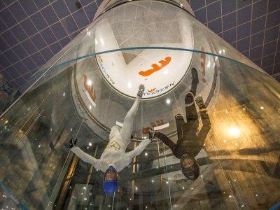 Túnel de viento vídeo y fotos Madrid 4 vuelos