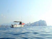 Embarcación de pesca en la costa de Alicante