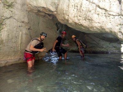Barranquismo en Buitreras de Gaucín Nivel Medio