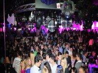 Ruta nocturna por pubs y disco de Sevilla y mojito
