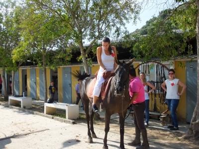 Gita a cavallo e gioco di paintball a Gandía