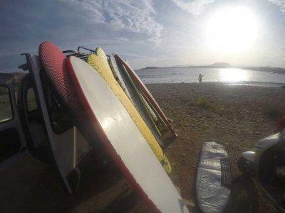 Alquilar material tabla de surf 1 jornada