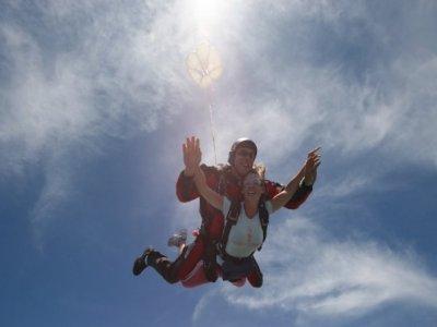 Salto Tándem en Paracaídas en Cádiz