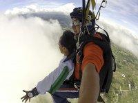 在加的斯的降落伞+ DVD串联跳跃