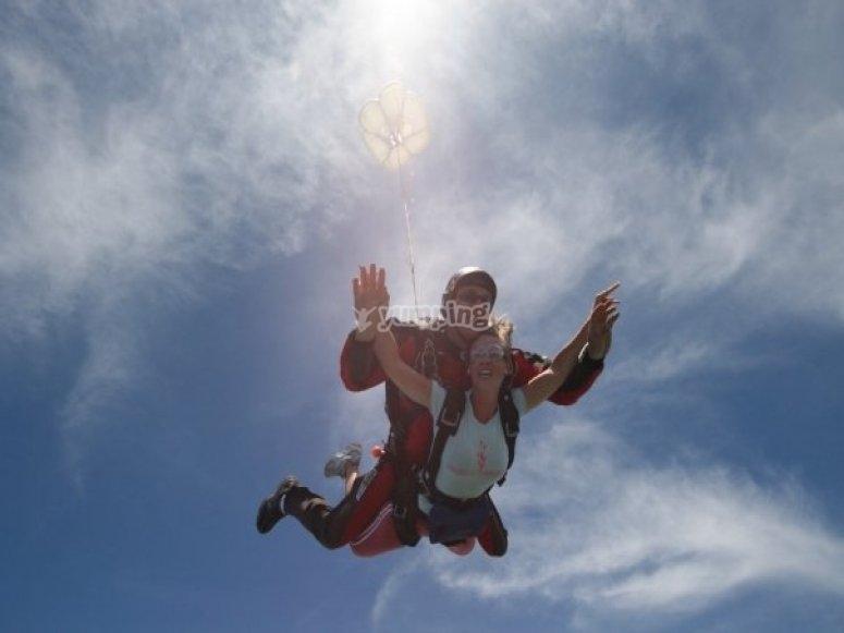 Accionando el paracaidas