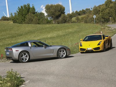 Pilotar Lamborghini y Corvette C6  Valencia 14 km