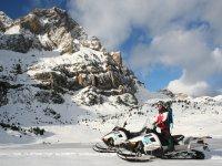 Antes de comenzar la ruta en moto de nieve