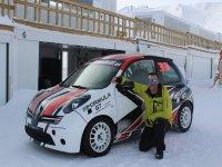 A punto de comenzar su conducción en la nieve