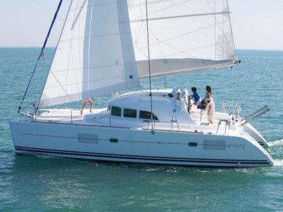 没有船长的帆船帆船泻湖PuertodeMahón