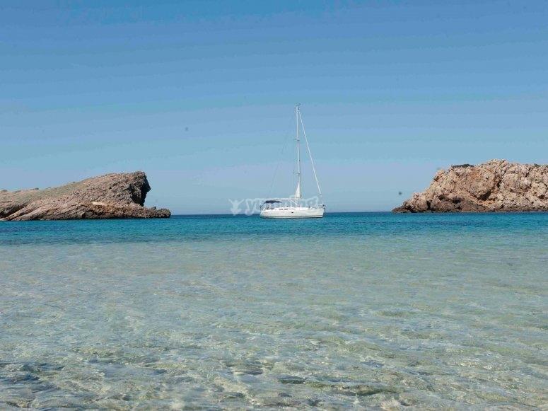 En las calas de Menorca