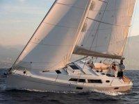在Menorca租一艘帆船Hanse 350 1周