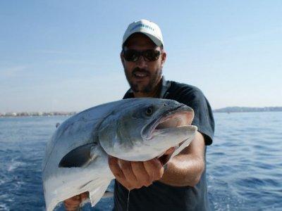 Salida de pesca barco exclusivo Cambrils 4 horas