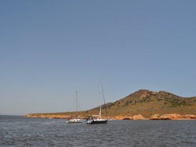 Giro in barca a vela nel Mar Menor e spuntino 4h