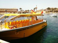 Taxi to Tabarca in the port