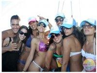 chicos y chicas fiestas barco ibiza