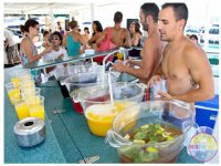 女孩伊维萨党船船派对伊维萨岛露天酒吧