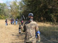 Soldato di Paintball sul campo