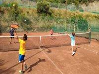 Entrenamiento de tenis con los más pequeños