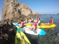 trattenuto con i kayak tra le calette