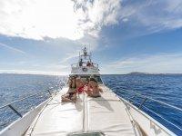 Disfrutando del paseo en barco