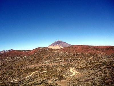 Mountain climbing in Tenerife