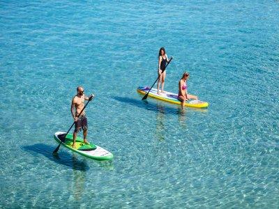 在伊维萨岛划船冲浪游览2小时
