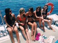Despedida de soltera en barco en la Costa Blanca