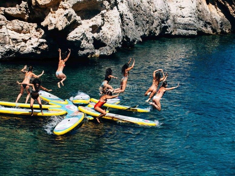 Clases de sup yoga en Ibiza