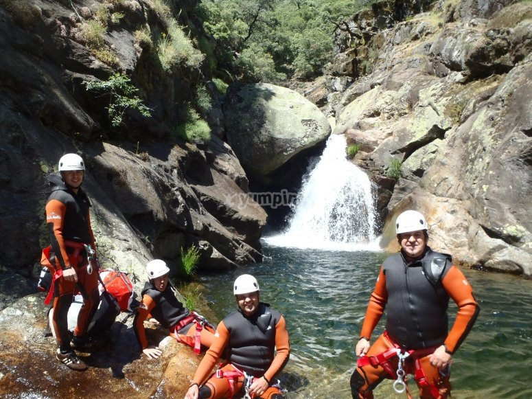 """Descenso del barranco de la Hoz 5 horas"""