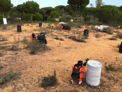 Paintball game for kids in Huelva. 300 balls
