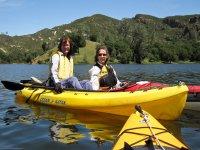 Practicar kayaks en el Negratín