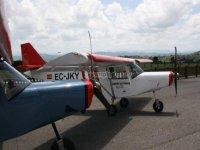 Escuela de vuelo en el Aeródromo de La Morgal