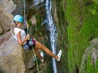 Descenso de rappel en Cuenca