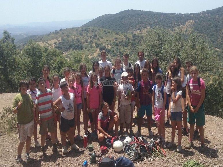 grupo de estudiantes de campamento