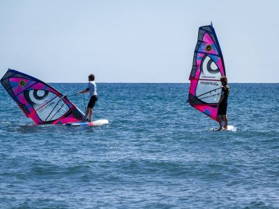 30 Nudos Kite School Windsurf