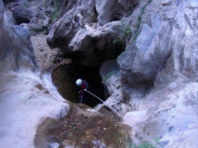 Descenso del barranco de Los Mármoles iniciación