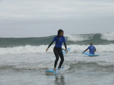 Surfing Lessons in Llanes for Groups 2h