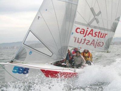 Ottieni la licenza di navigazione in Gijón