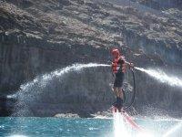 Saltando con un flyboard