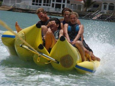 Banana boat in Moraira Flyfish e Parasailing