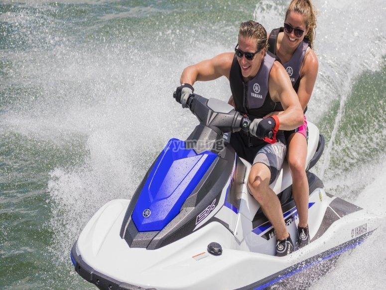 Alquiler moto de agua en Ibiza