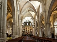Visiting the Cathedral of Valencia