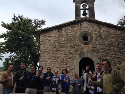 Viladellops的葡萄酒旅游和参观冬宫