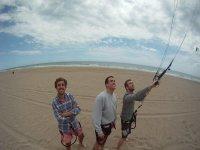 在巴塞罗那进行风筝冲浪的洗礼便宜