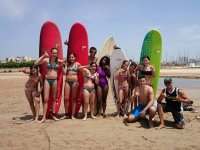 在Castelldefels冲浪洗礼2小时